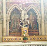 bayeux statue