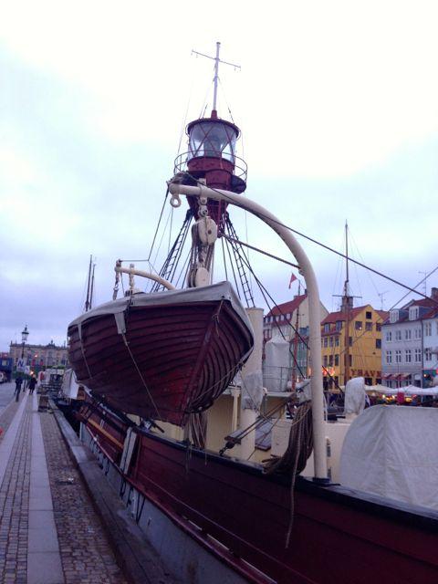 Nyhavn boat