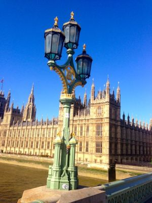parliament house on the Thames
