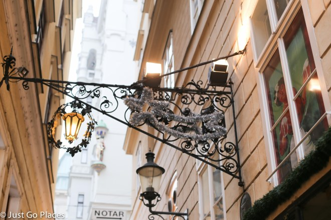 Viennese Christmas street