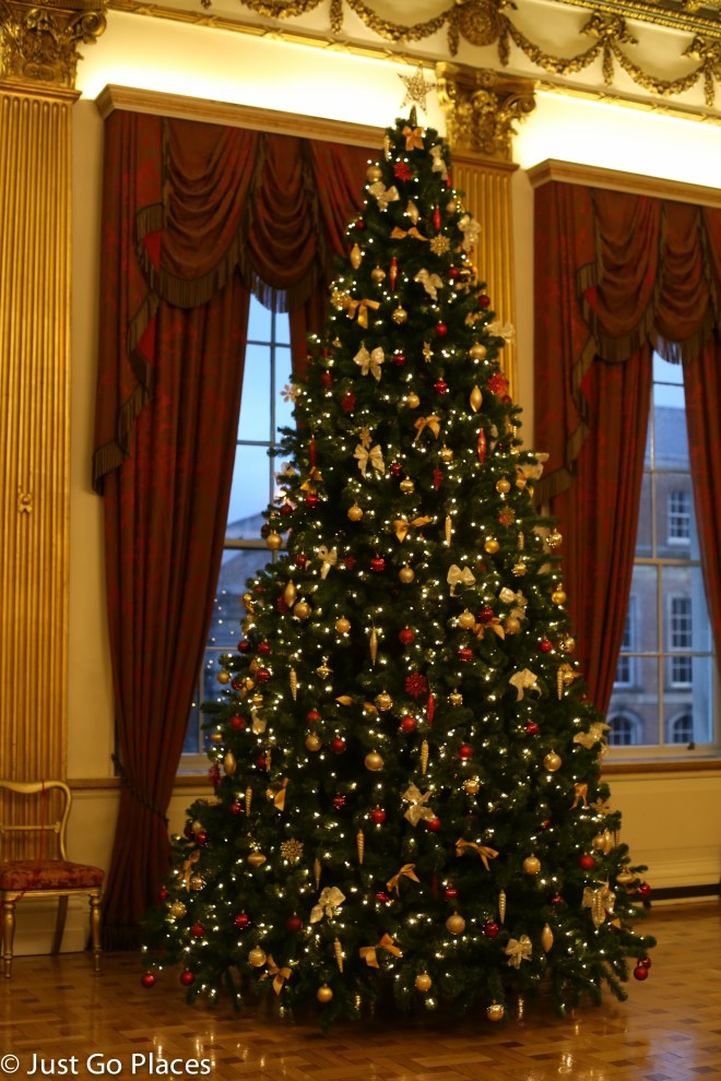 Christmas Tree at State Apartments