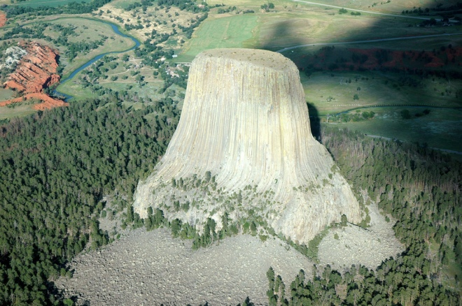 devils tower aerial