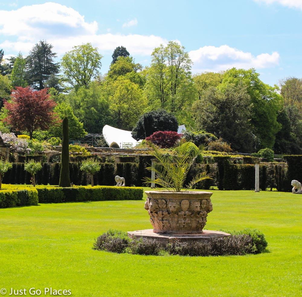 never castle gardens