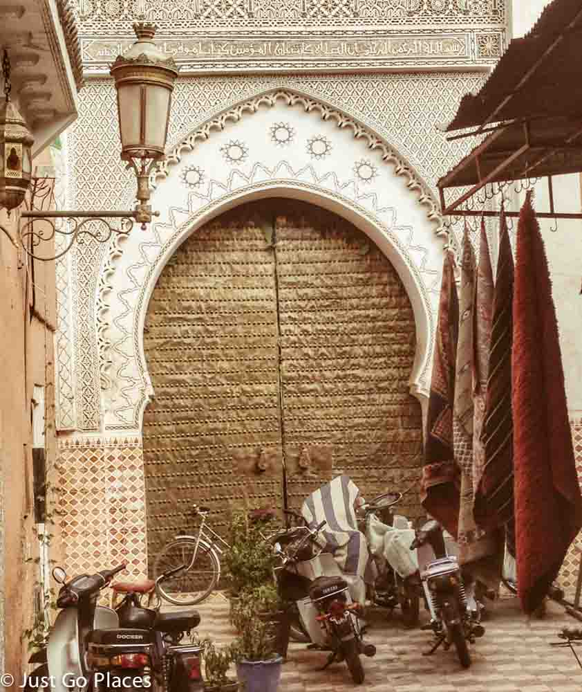 marrakech mosque door