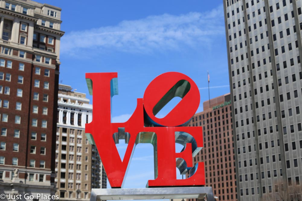 love statue at the love park in philadelphia