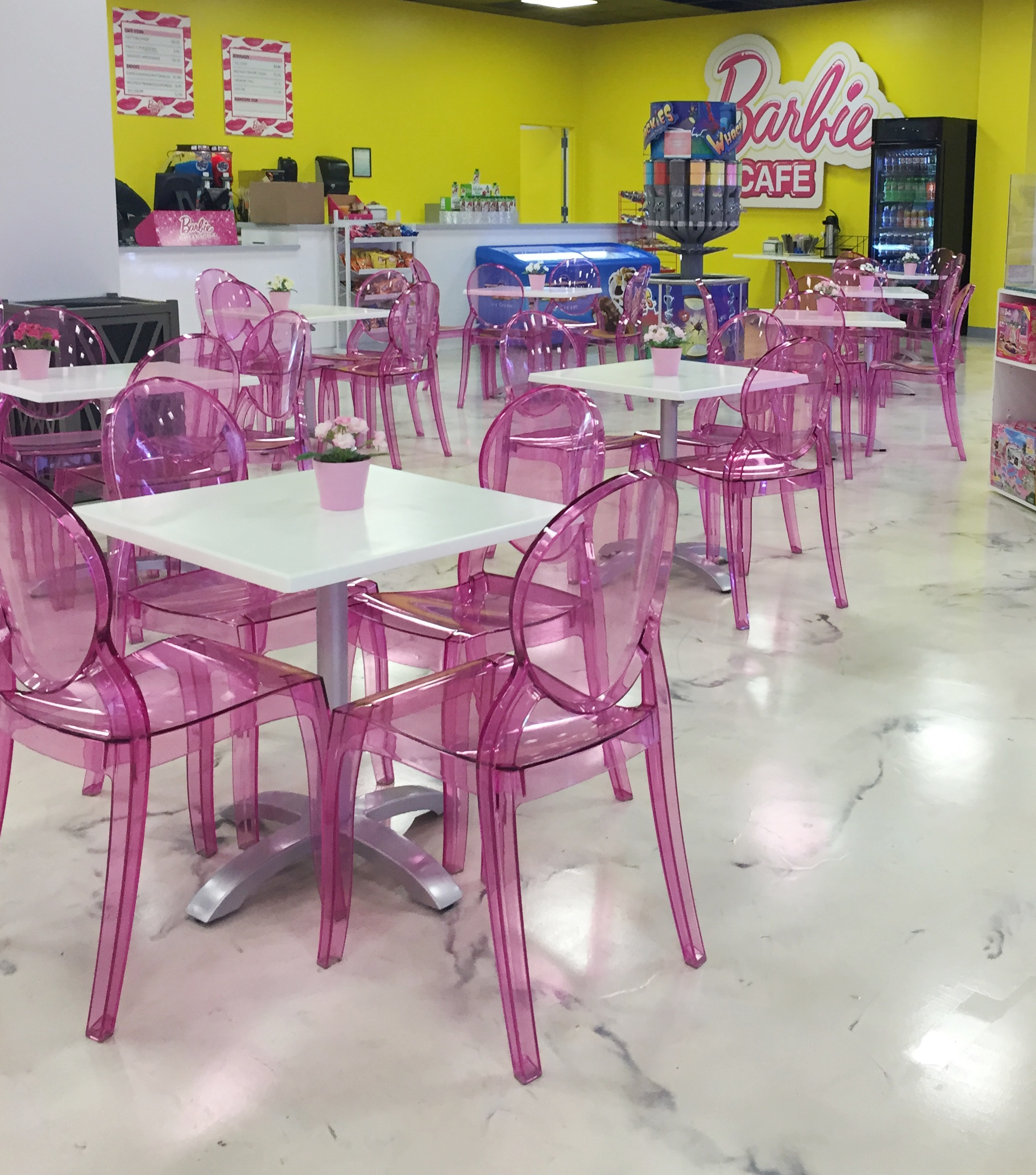 Barbie Dreamhouse Cafe