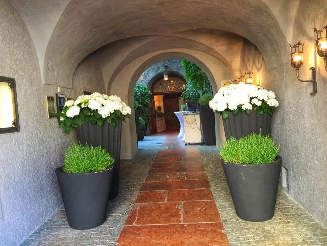entrance to St. Peter stiftskeller