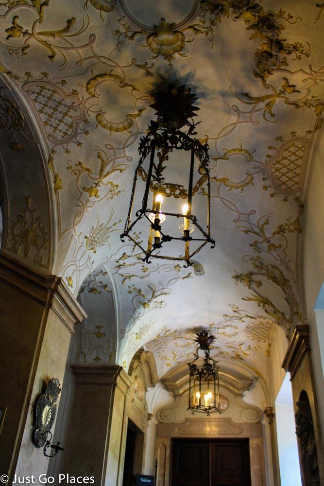Schloss Leopoldsron ceiling