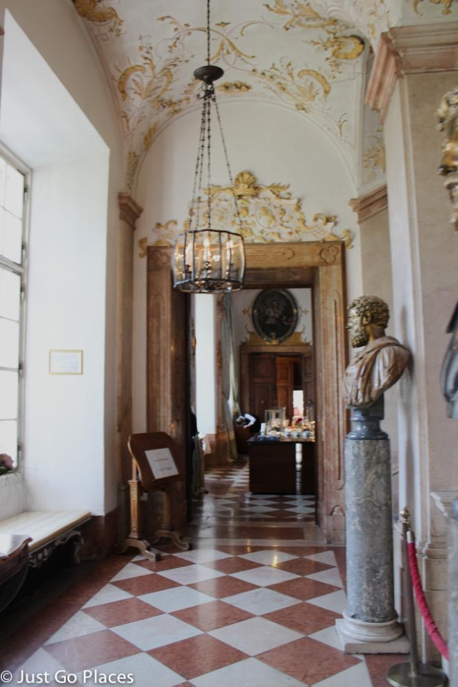 Schloss Leopoldskron hallway