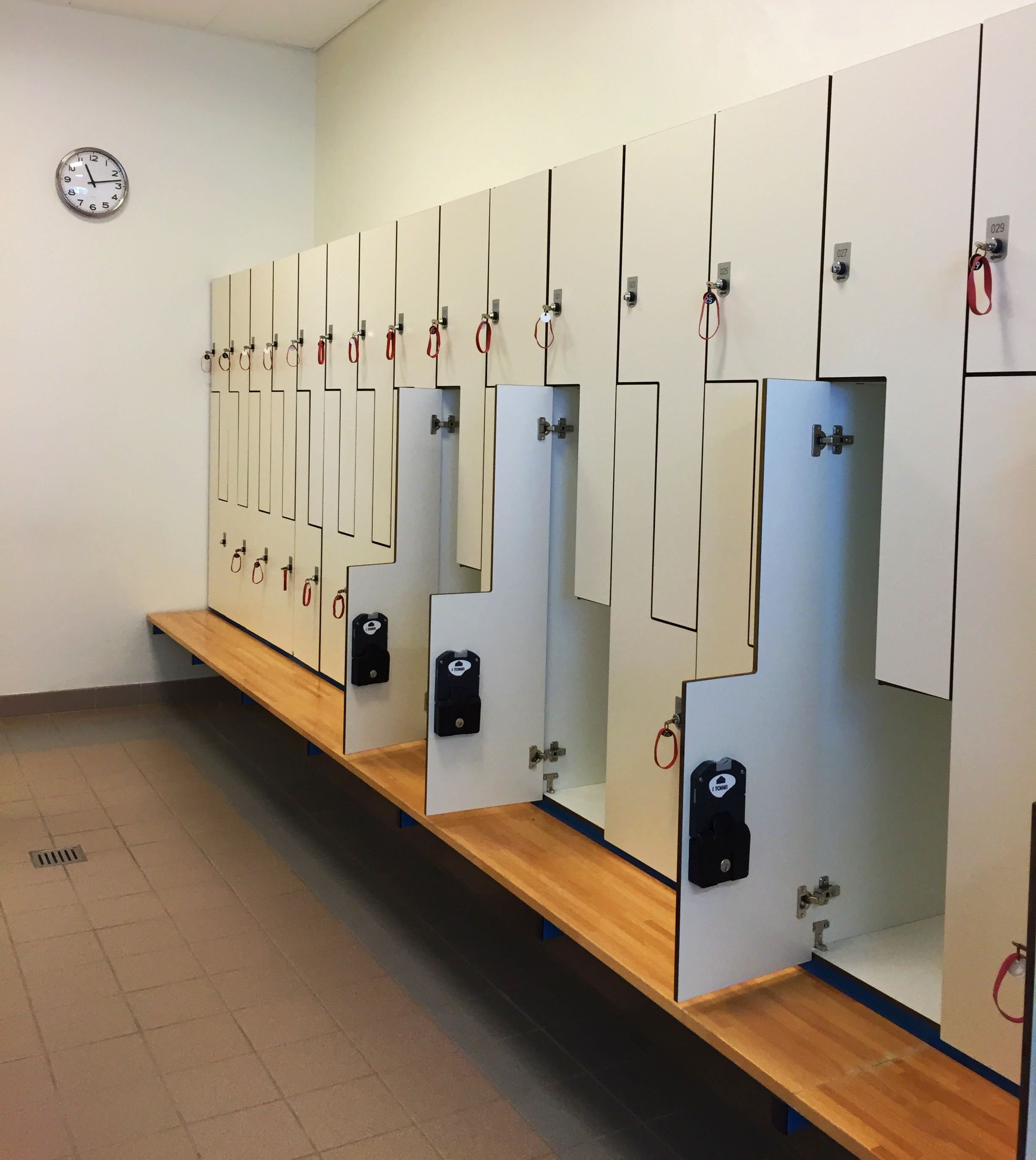 thermal bath lockers
